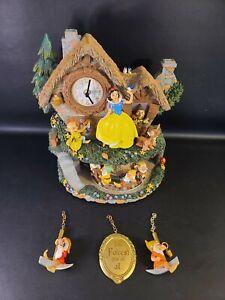 Disney Snow White Hidden Treasure Illuminated Wall Cuckoo Clock With Motion