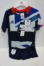 KIDS LONDON 2012 TEAM GB OLYMPIC FOOTBALL KIT AGE 3 - 4 YEARS NEW WITH SOCKS