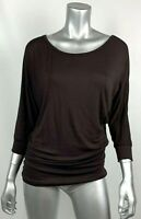 Johnny Womens Knit Top M Brown Stretch Scoop Neck Dolman 3/4 Sleeve USA WT822