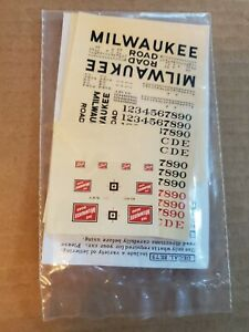 Walthers Milwaukee Road Diesel Decal Set 43-76A (HO)(New)