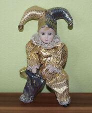 Schöne Dekofigur aus Porzellan Narr mit Narrenhut Clown Goldgewand TOP! (CC3)