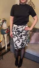 Floral Print Moschino Cheap & Chic Skirt Size 10-12 Preppy Indie Boho Paisley