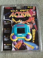 Tiger Electronics Invaders All Out Action 1995 LCD Handheld Electronic Game Toy