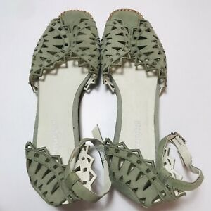 JEFFERY CAMPBELL Sage Suede Buckle Ankle Leather Peep Toe Low Wedge Shoe 9 E795P
