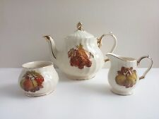 Sadler Teapot Set Gold Trim Fruits Cup Lattice Swirl Creamer Sugar Bowl England