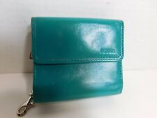 FOSSIL - $$$ Small green  leather with room for everything needed in a wallet