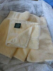 Ralph Lauren Pair Hand Towels  Butter Yellow  Soft and Beautiful