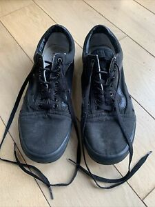 Men's Black VANS (size UK 10) - GOOD CONDITION