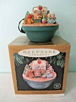 Hallmark Keepsake Magic Special Edition Light Motion Music Victorian Toy Box IOB
