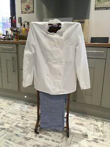 Chef Whites. 1xTrouser. 1x jacket 2x scarfs. 2x aprons Excellent Clean condition