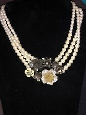 Vintage Pearl triple strand necklace with flower pendant