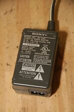 OEM SONY AC-LM5 AC ADAPTER/BATTERY CHARGER, T1 T3 T11 T33 25-4^