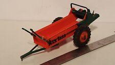 Ertl New Idea Spreader 1/16 plastic farm implement replica collectible