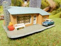 Landhaus Bungalow mit PKW DKW ? BELEUCHTET Spur N C354