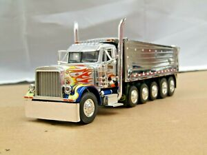 Dcp Eilen silver/chrome Peterbilt 379 daycab 6 axle MAC dump truck no box