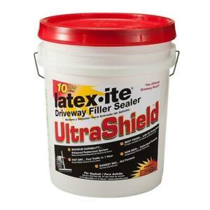 Driveway Asphalt Filler Fast Dry Sealer 4.75 Gal. Ultra Shield Rubberized Latex
