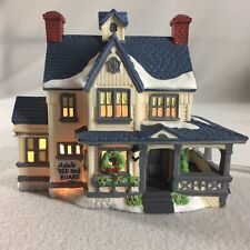 Dept 56 Boarding House New England Village # 59404 1988