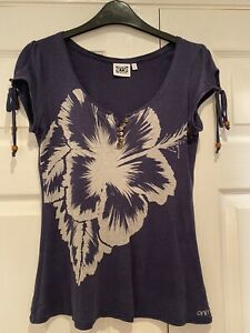 Animal Ladies T-Shirt - Size Small. 10