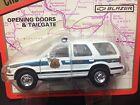 Road Champs 1:43 scale diecast 1997 Chevrolet Metro Washington D.C. Police