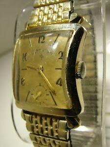 MEN VINTAGE LORD ELGIN 21 JEWEL MANUAL WIND, GOLD FILLED CASE, 25mm x 37mm