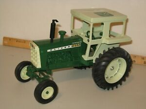 ERTL 1/16 OLIVER 1955 SIGNED COMMEMERATIVE 100th YEAR TRACTOR - JLE 190 - NO BOX