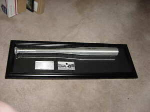 HANK AARON signed auto BASEBALL BAT ~FRAMED 3D look~nameplate~photo~full JSA LOA