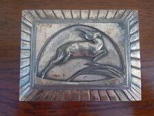 Boite métal argente décor antilope d'époque Art Déco