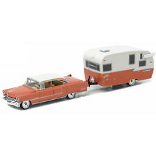 Greenlight 1955 Cadillac Fleetwood & Shasta 15' Airflyte Hitch & Tow 1:64 32090A