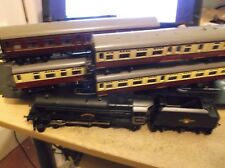 TRIANG 4 6 2 LOCOMOTIVE AND TENDER PRINCESS PLUS 4 COACHES