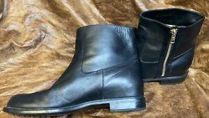 Salvatore Ferragamo Short Black Nero 100% Calf Leather Ankle Boots Sz 9 ½B RARE!