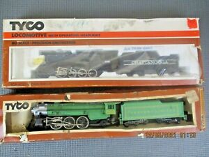2 Vintage Tyco HO Steam Locomotives & Tenders 212F & 245-15