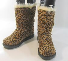 new Cheetah print Winter comfortable flat ankle boots fur inside/button size 7 p