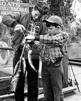 """JERRY MATHERS AND TONY DOW IN """"LEAVE IT TO BEAVER"""" 8X10 PUBLICITY PHOTO (FB-380)"""