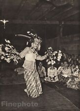 1940 BORNEO Kenyah FEMALE DANCER Hornbill Feather Costume Dance Photo K.F. WONG