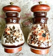 """Vintage (1982) Hand Painted """"Peter Piper"""" English Pottery Salt & Pepper Mills"""