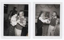 PHOTO ANCIENNE Lot 2 photos Portrait Couple Danse Polaroïd N&B Danseur 1970
