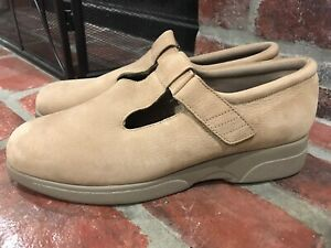 Drew Orthopedic Tan Suede Leather Gail Mary Jane Shoes Size 11.5 M