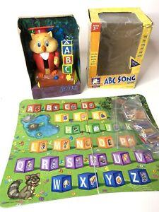 Hasbro 2002 Professor Oliver Owl Teaches ABC's Alphabet Song Games Toy READ