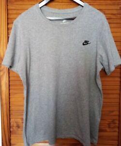 Nike Mens Grey Tshirt Size L 💛
