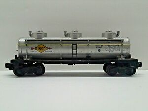 Postwar Lionel 6415 Sunoco 3-Dome Tank Car