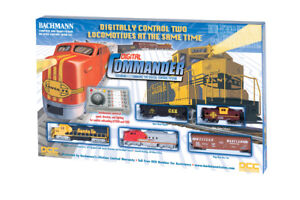 Bachmann Digital Commander Deluxe HO DCC Sante Fe Train Set BAC00501