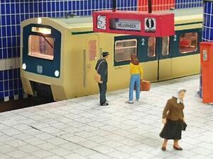 Stadt im Modell 9249 2 Fahrtrichtungsanzeiger U- und S-Bahn magenta H0 1:87