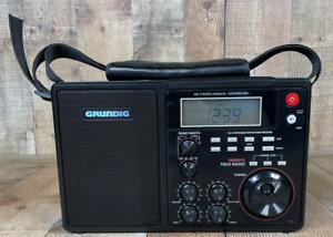 Grundig S450DLX Portable AM / FM / Field Radio