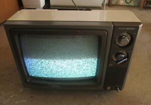 RANK ARENA POTABLE TV