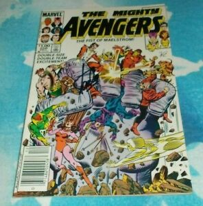 The Mighty Avengers # 250 Stan Lee Signed Comic 1984 Scarlet Witch
