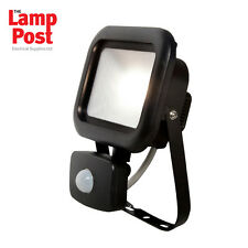 Robus RRE1040P-04 - REMY 10W LED Flood Light with PIR IP65 Polycarbonate 4000K
