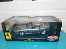 21.05.17.1 Ferrari 550 maranello 1996 gris 1/18 HOTWHEELS