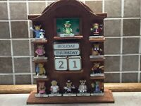 "Avon Teddy Bear Perpetual Calendar Complete, Heavy Ceramic Stand, 10"" Tall, NEW"