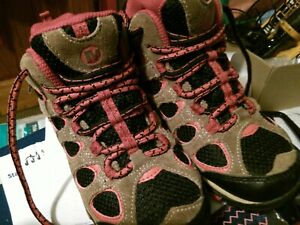 Childrens Walking Boots Size UK12 Used - excellent condition.