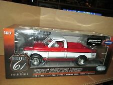 1972 CHEVROLET CHEVY FLEETSIDE PICKUP red / white 1:18 HIGHWAY 61 1 of 546 rare